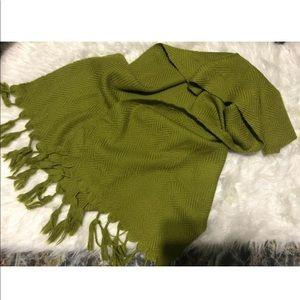 Vintage green wool handmade throw blanket